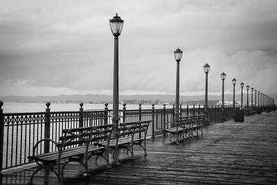 Pier Walk BW