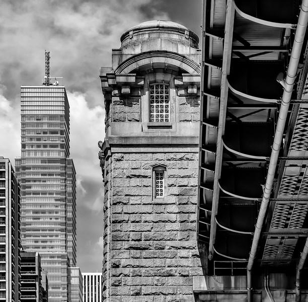 59th Street Bridge, Manhattan Tower