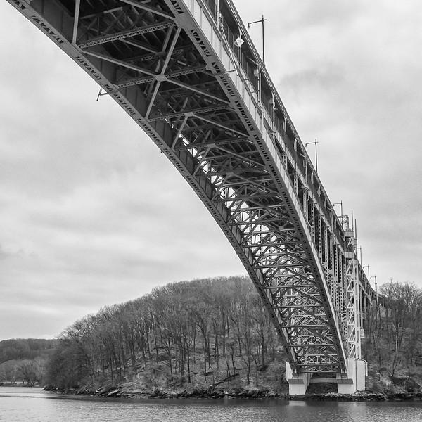 Henry Hudson Bridge looking at Inwood Park, Manhattan