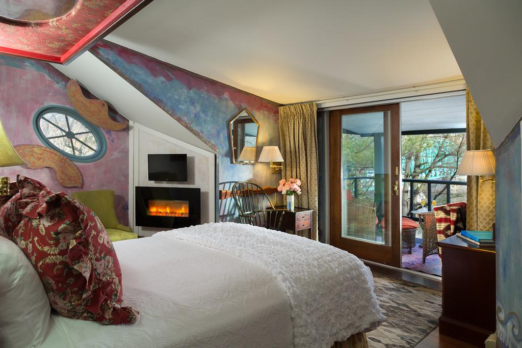 river suite at The Bridgeton House