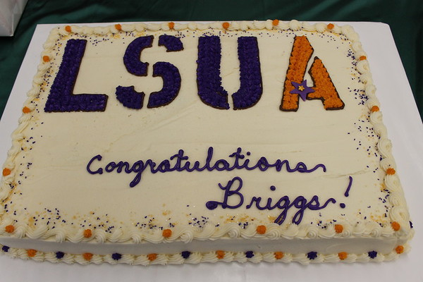 Briggs Carbo signs with LSUA