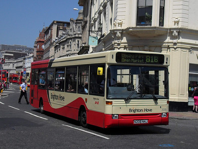 208 - N208NNJ - Brighton (North St) - 4.6.10