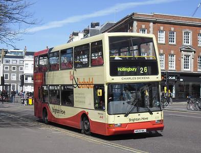 828 - W828NNJ - Brighton (Old Steine) - 10.4.12
