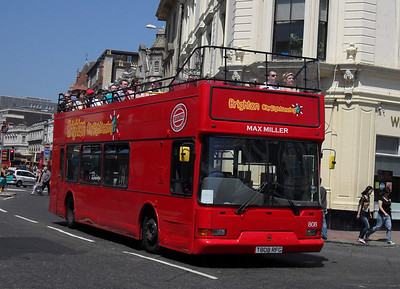 808 - T808RFG - Brighton (North St) - 4.6.10