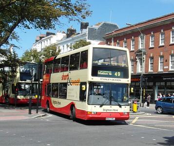 827 - W827NNJ - Brighton (Old Steine) - 16.6.12