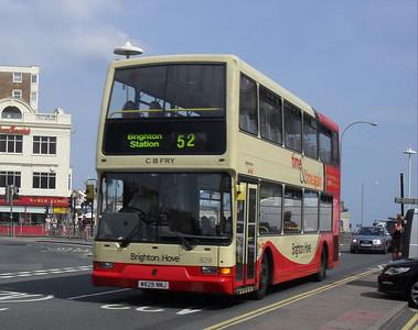 829 - W829NNJ - Brighton (Old Steine) - 11.7.11