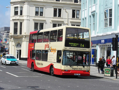 836 - W836NNJ - Brighton (North St) - 16.6.12