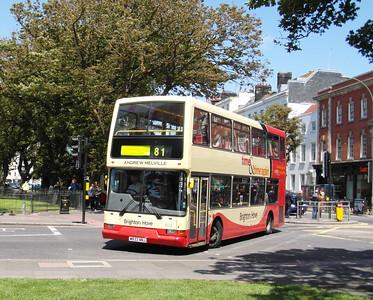 833 - W833NNJ - Brighton (Old Steine) - 16.6.12