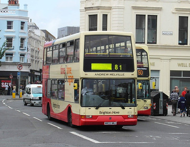 833 - W833NNJ - Brighton (North St) - 16.6.12