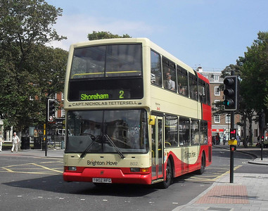802 - T802RFG - Brighton (North St) - 13.7.11