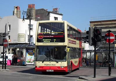 805 - T805RFG - Brighton (Brighton rail station) - 4.6.10