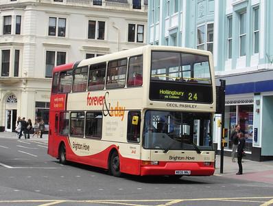 835 - W835NNJ - Brighton (North St) - 16.6.12