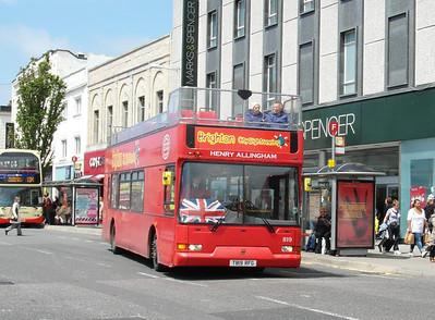 819 - T819RFG - Brighton (Western Road) - 16.6.12