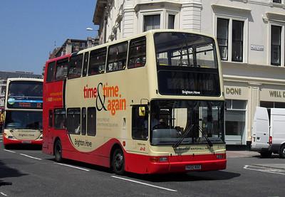 871 - PK02RDZ - Brighton (North St) - 4.6.10