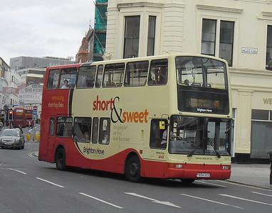 854 - Y854GCD - Brighton (North St) - 31.8.11