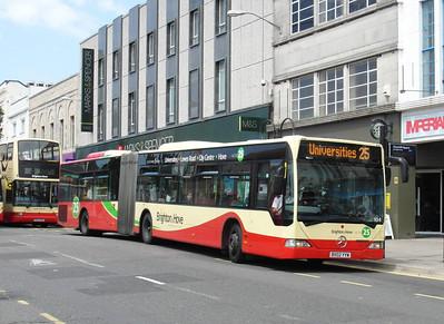 104 - BX02YYW - Brighton (Western Road) - 16.6.12