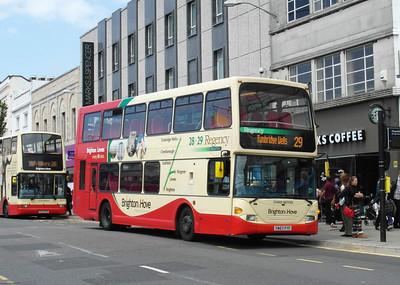 686 - YN57FYF - Brighton (Western Road) - 16.6.12