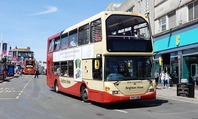 674 - YN07UOG - Brighton (Churchill Square)