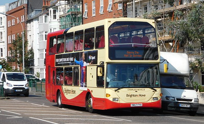 677 - YN57FYA - Brighton (Richmond Place)