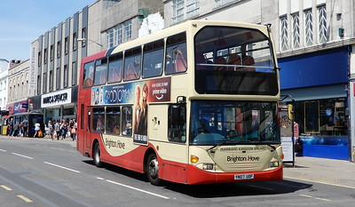673 - YN07UOF - Brighton (Churchill Square)
