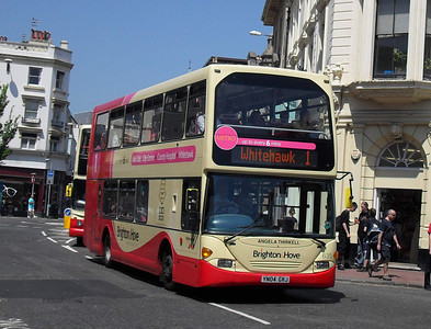 635 - YN04GKJ - Brighton (North St) - 4.6.10