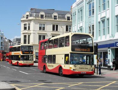 635 - YN04GKJ - Brighton (North St) - 16.6.12
