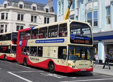 645 - YN54AOX - Brighton (North St) - 4.6.10