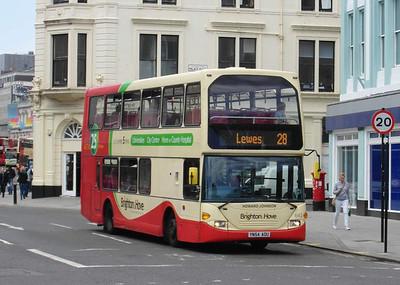 642 - YN54AOU - Brighton (North St) - 16.6.12