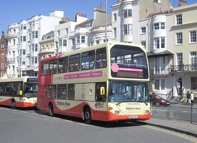 635 - YN04GKJ - Brighton (Old Steine) - 10.4.12