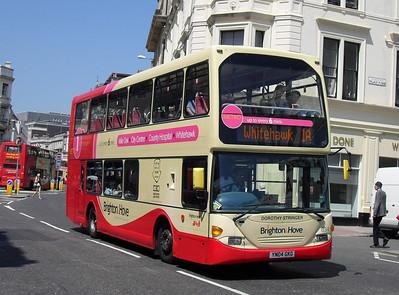 634 - YN04GKG - Brighton (North St) - 4.6.10