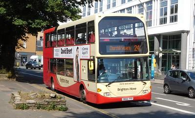 913 - YN56FFP  - Brighton (Grand Parade)