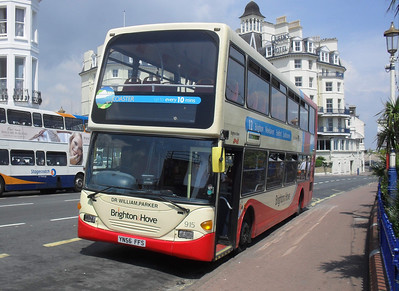 915 - YN56FFS - Eastbourne (Pier) - 11.7.11