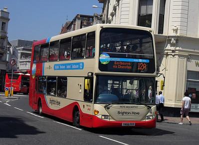 913 - YN56FFP - Brighton (North St) - 4.6.10