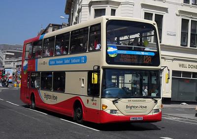 917 - YN56FFU - Brighton (North St) - 4.6.10