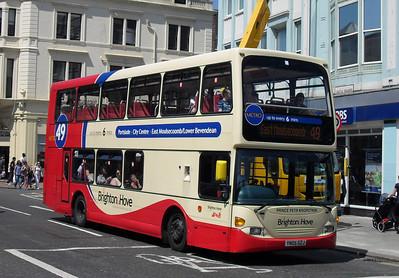 650 - YN054GZJ - Brighton (North St) - 4.6.10