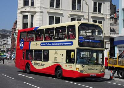 647 - YN05GZK - Brighton (North St) - 4.6.10