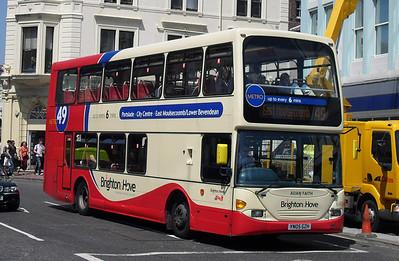 649 - YN05GZH - Brighton (North St) - 4.6.10