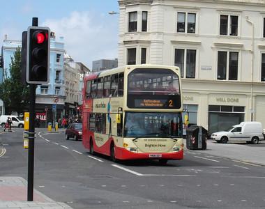 669 - YN06SZY - Brighton (North St) - 16.6.12