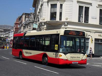 57 - YN58BCY - Brighton (North St) - 4.6.10