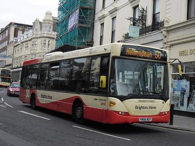 52 - YN58BCF - Brighton (North St) - 31.8.11