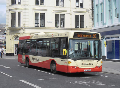 53 - YN58BCK - Brighton (North St) - 31.8.11