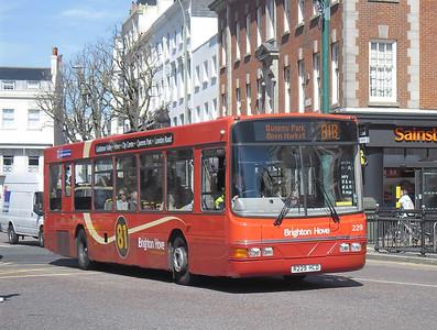 229 - R229HCD - Brighton (Old Steine) - 10.4.12