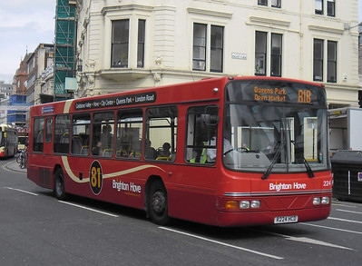 224 - R224HCD - Brighton (North St) - 31.8.11