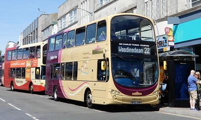 437 - BF12KXM - Brighton (Churchill Square)