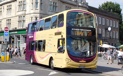 437 - BF12KXM - Brighton (Castle Square)