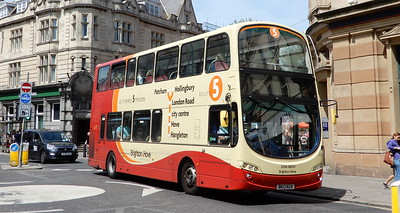 454 - BK13NZW - Brighton (Castle Square)