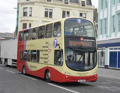 409 - BJ11XHK - Brighton (North St) - 31.8.11