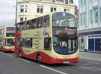 419 - BJ11XHV - Brighton (North St) - 31.8.11