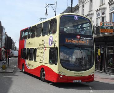 410 - BJ11XHL - Brighton (railway station) - 11.7.11