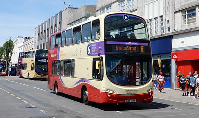 402 - BJ11XHB - Brighton (Churchill Square)
